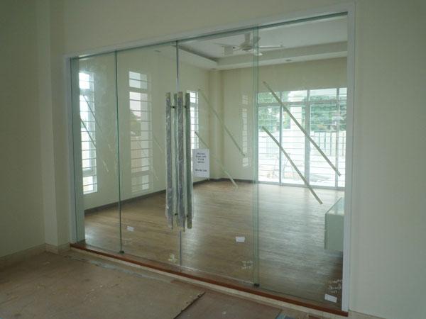 cam kapı ile ilgili görsel sonucu